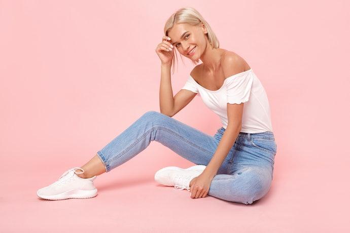 Sepatu pink anak remaja: Sol yang tidak licin untuk menunjang gaya energiknya