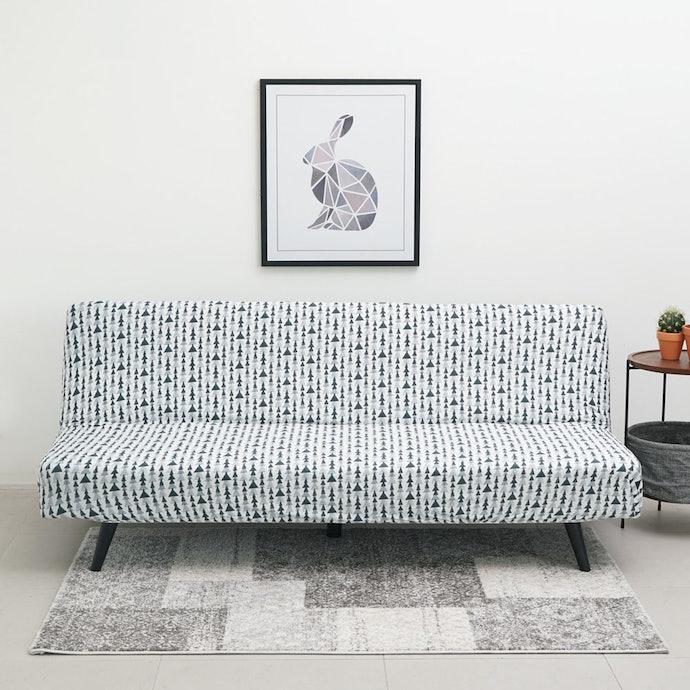 Untuk sofa bed, pilihlah yang nyaman untuk rebahan