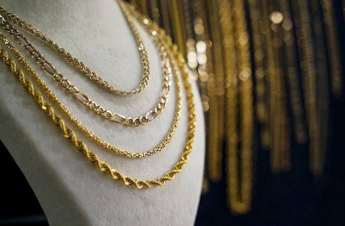 Rantai tekstural sebagai fashion statement
