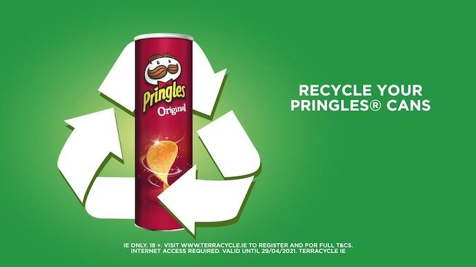 Jangan buang kemasan Pringles setelah menghabiskannya
