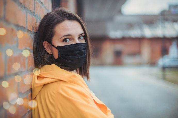 Masker lipit: Memudahkan Anda saat berbicara