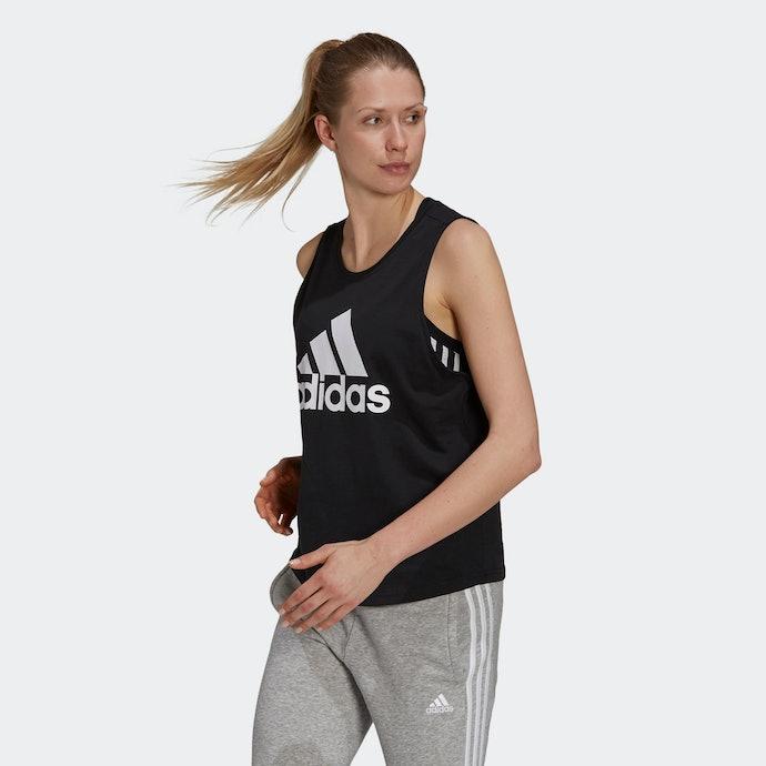 Athletic tank top: Ideal untuk baju olahraga
