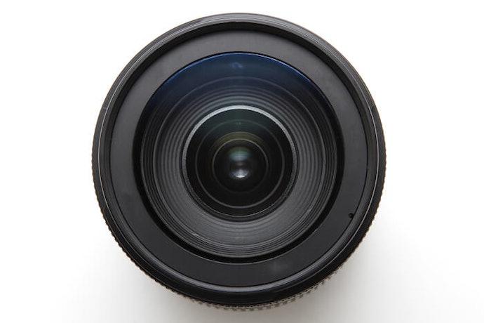Pilih lensa berdasarkan cara pemasangannya