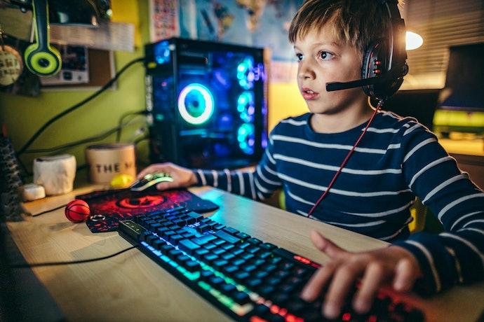 Pilih game PC sesuai dengan usia pemainnya