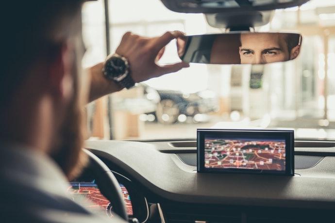 Pilihlah produk set jika kendaraan tidak dilengkapi kamera belakang
