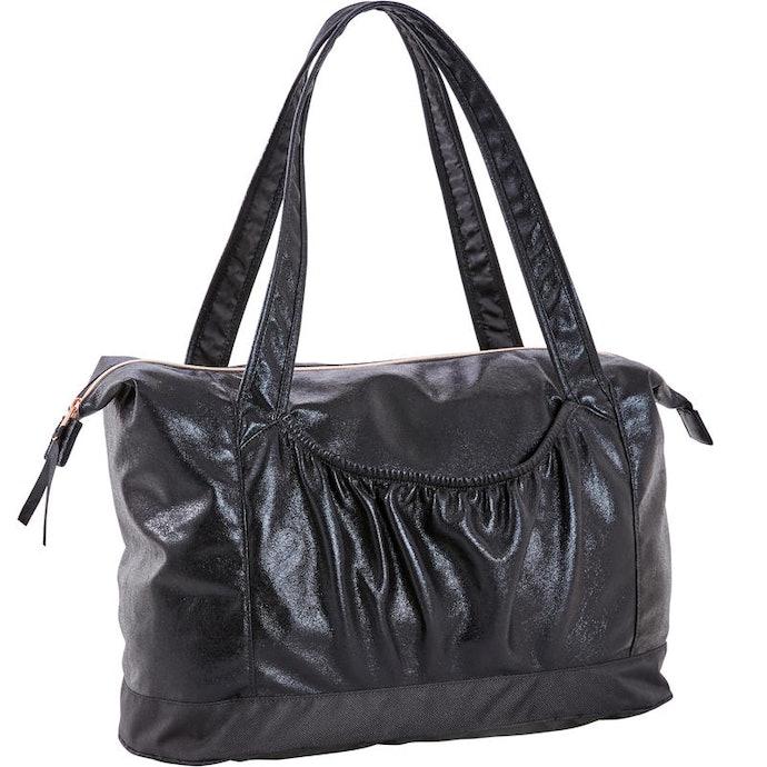 Pertimbangkan model tas yang dapat digunakan sehari-hari