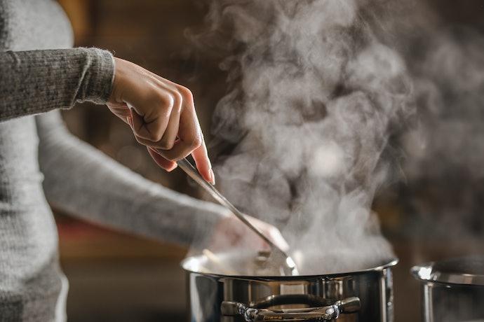 Pastikan bahannya anti minyak, anti air, atau tahan panas
