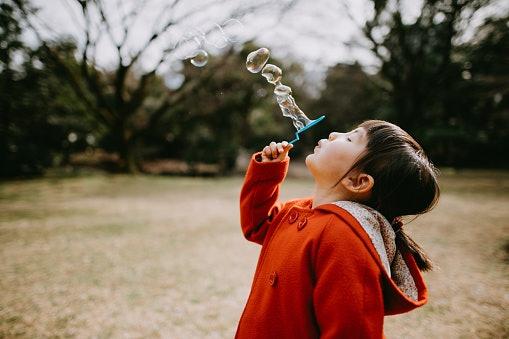 Mainan gelembung manual, melatih gerak motorik anak
