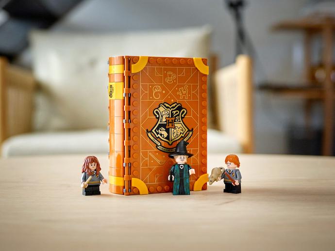 Playbook sets: Buku kecil yang mudah disimpan