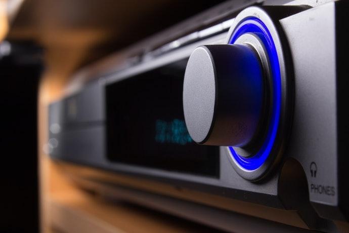 Mode fast boot untuk mengurangi waktu saat menyalakan Blu-ray player
