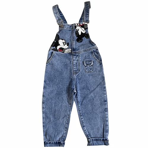 Celana panjang, cocok bagi anak perempuan usia 8 tahun sampai 10 tahun