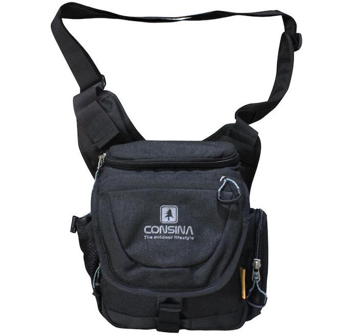 Shoulder bag atau tas selempang, untuk tampilan yang kasual