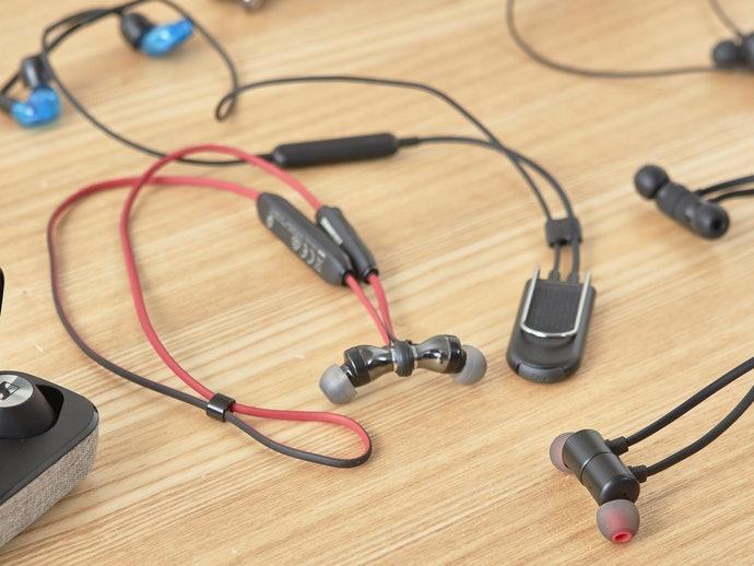 [Highlight] Ada banyak earphone yang tidak dilengkapi magnet atau klip