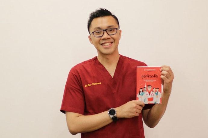 Pilihlah buku kesehatan yang ditulis oleh pakar atau praktisi kesehatan