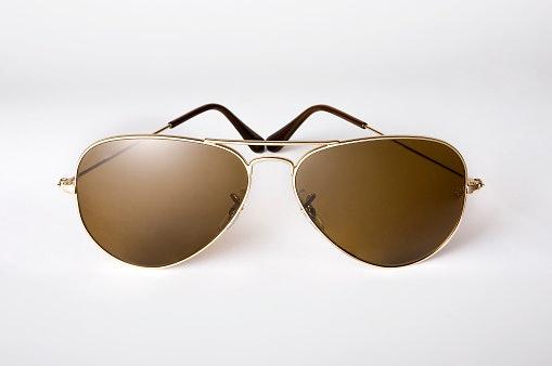 Apa itu kacamata photochromic?