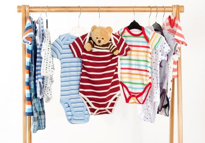 Tentukan model dan motif berdasarkan jenis kelamin bayi