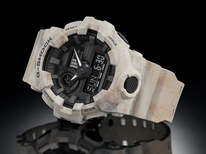 Perhatikan ukuran dan diameter jam tangannya