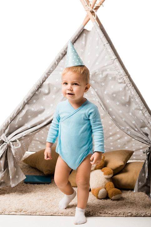 Sesuaikan tenda dengan tinggi dan besarnya anak