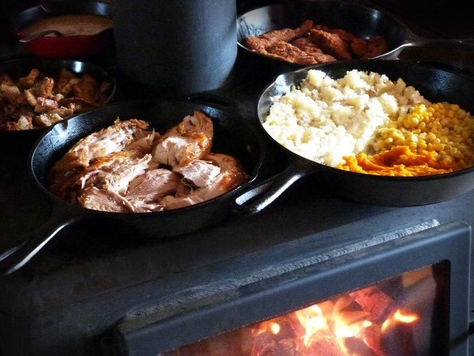 Periksa metode memasak yang dapat digunakan pada kompor kayu Anda