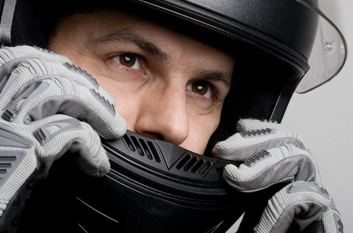 Agar kepala tidak mudah gerah, cek ketersediaan ventilasi udara