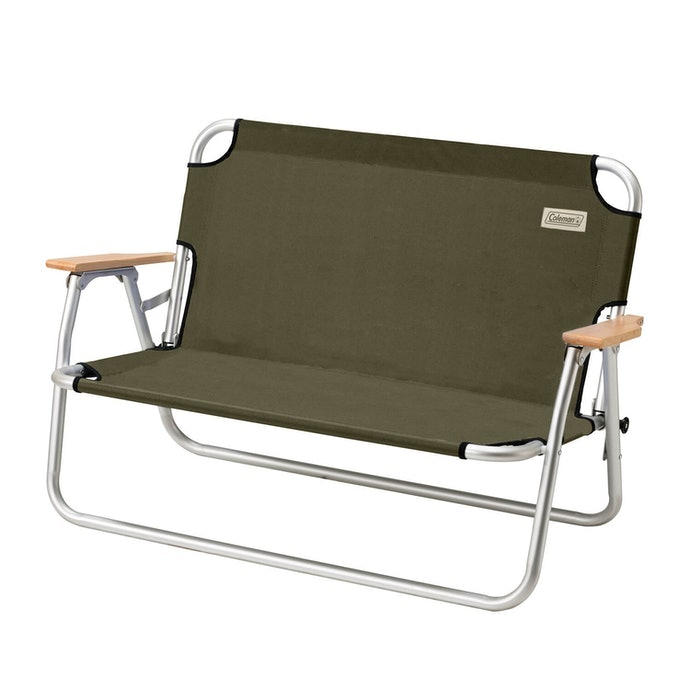 Untuk dua orang sekaligus, pilihlah kursi model bangku