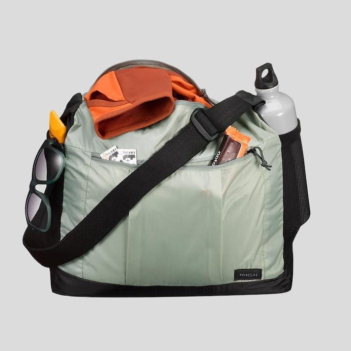 Tas selempang dan tote bag : Anda bisa menjangkau barang bawaan dengan mudah