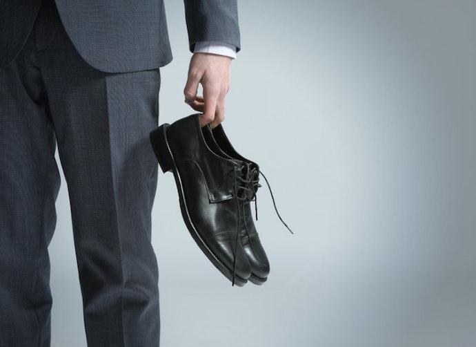 Formal shoes, sepatu untuk tampil elegan dan profesional