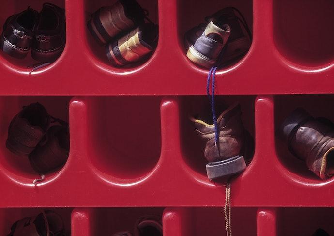 Rak sepatu plastik, ringan dan mudah dipindahkan