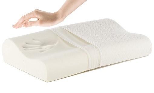 Memory foam, dapat menyesuaikan bentuk dengan gerak kepala anak