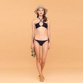 10 Merk Bikini Terbaik (Terbaru Tahun 2021) 2