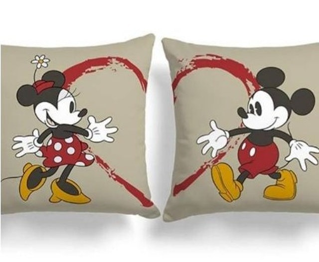 Bantal Couple Mickey Mouse Classic 1