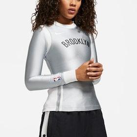 10 Rekomendasi Baju Basket Terbaik untuk Wanita (Terbaru Tahun 2021) 5