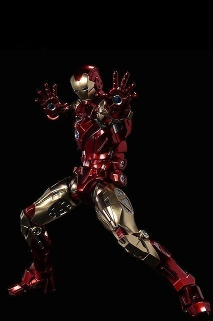 Sentinel Fighting Armor Iron Man 1