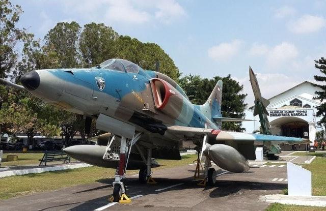 TNI Angkatan Udara Republik Indonesia Museum Pusat TNI Angkatan Udara Dirgantara Mandala 1
