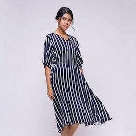 10 Rekomendasi Baju Menyusui Terbaik (Terbaru Tahun 2021) 2