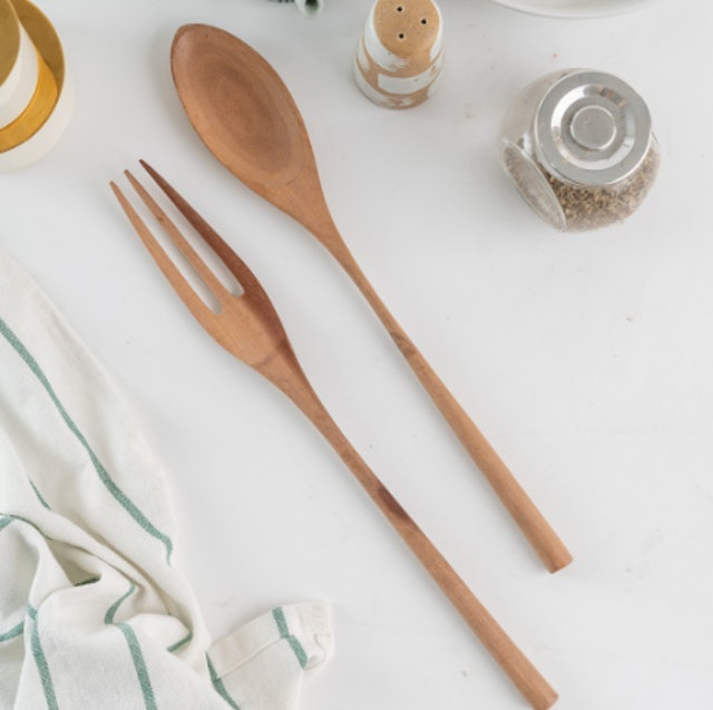 UCHII Natural Cherry Wood Spoon & Fork Set 1