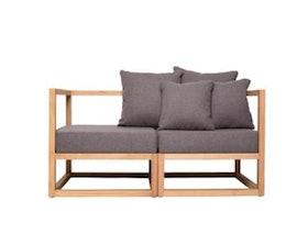 10 Rekomendasi Sofa Terbaik untuk Anda yang Tinggal Berdua (Terbaru Tahun 2020) 3