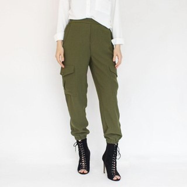Magnolia Collection Cargo Pants With Flap Pocket 1