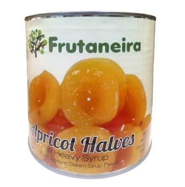 Frutaneira Apricot Halves in Heavy Syrup 1