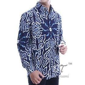 10 Merk Kemeja Batik Terbaik untuk Pria (Terbaru Tahun 2021) 3