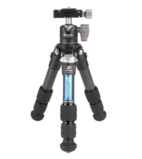 Leofoto Compact Carbon Fibre Tripod with Ball Head 1