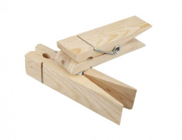 7. Natural Bamboo Peg 1