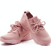 10 Merk Sepatu Pink Terbaik (Terbaru Tahun 2021)